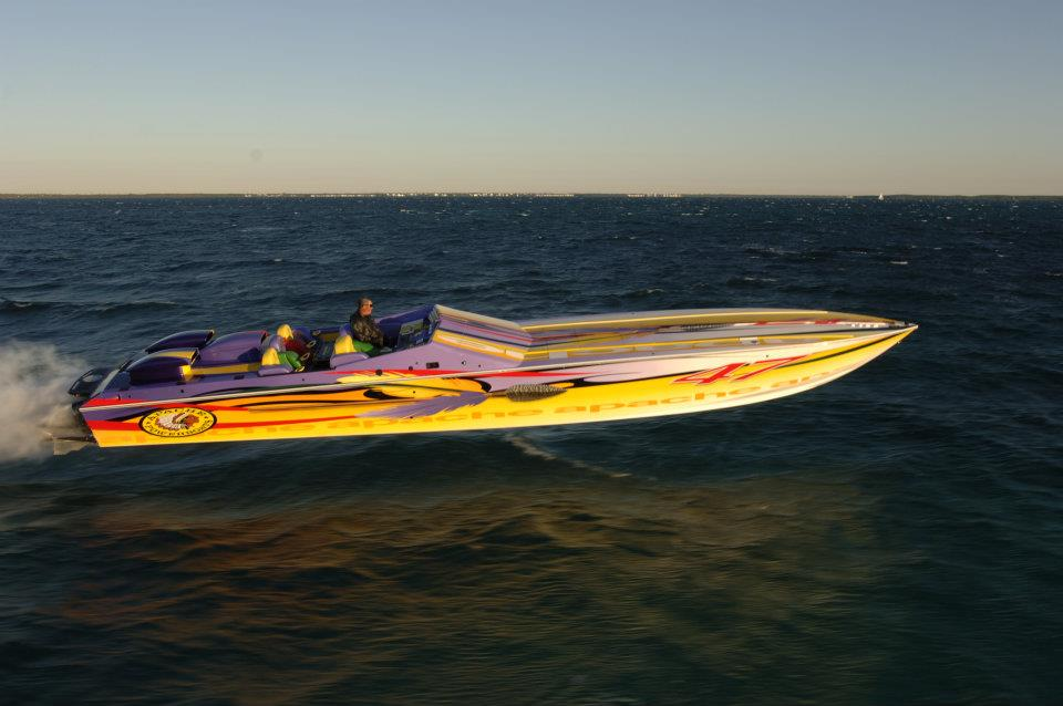 Apache Boat Image